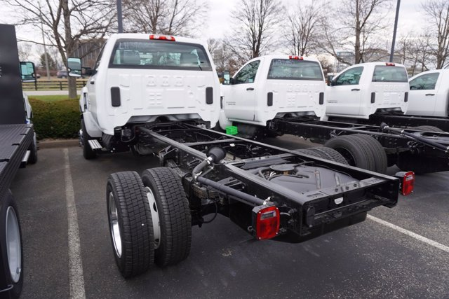 2020 Chevrolet Silverado 6500 Regular Cab DRW 4x4, Cab Chassis #20-8280 - photo 7