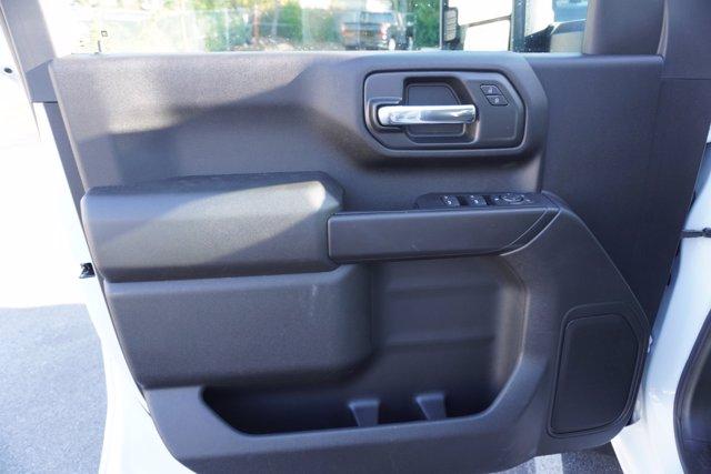 2020 Chevrolet Silverado 3500 Crew Cab DRW 4x4, Knapheide Contractor Body #20-8286 - photo 10