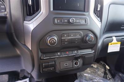 2020 Chevrolet Silverado 3500 Crew Cab DRW 4x4, Knapheide Contractor Body #20-8286 - photo 18