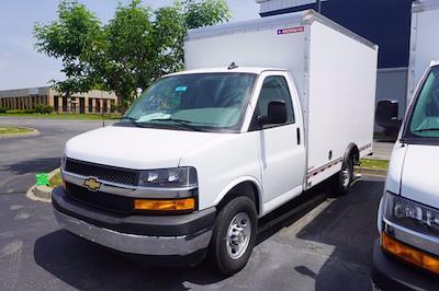 2021 Express 3500 4x2,  Morgan Truck Body Cutaway Van #21-0007 - photo 5