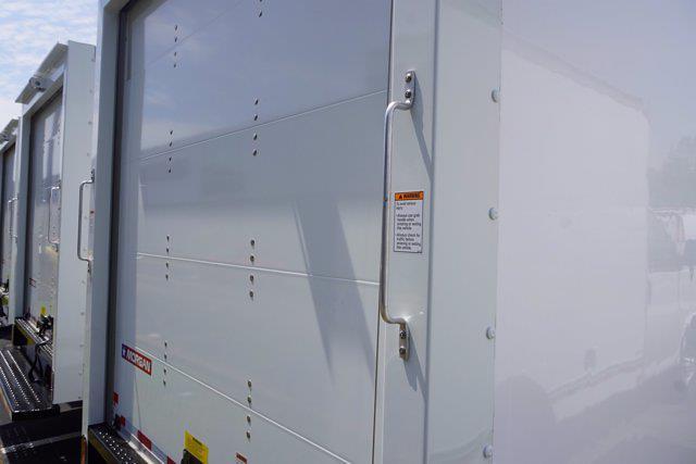 2021 Express 3500 4x2,  Morgan Truck Body Cutaway Van #21-0255 - photo 26