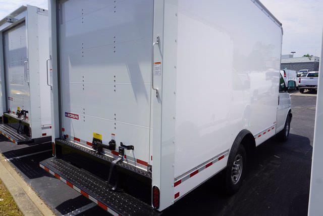 2021 Express 3500 4x2,  Morgan Truck Body Cutaway Van #21-0255 - photo 2