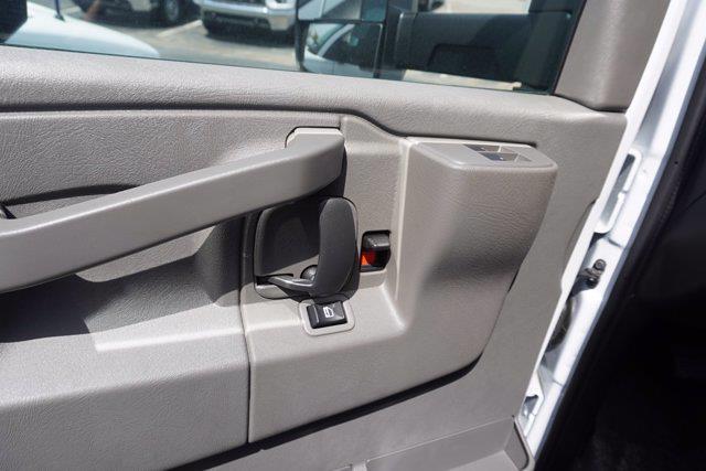 2021 Chevrolet Express 3500 4x2, Unicell Aerocell CW Cutaway Van #21-9433 - photo 11