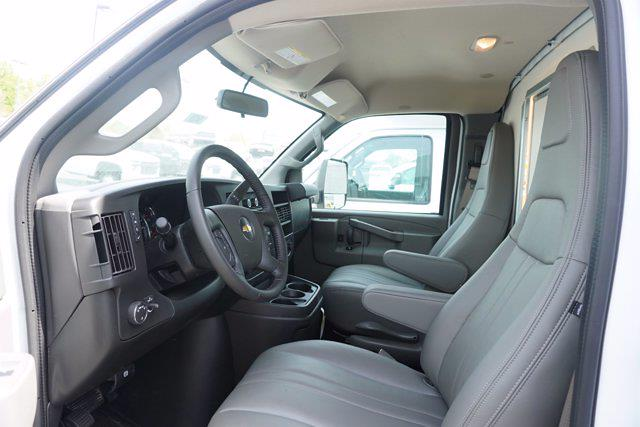 2021 Chevrolet Express 3500 4x2, Unicell Aerocell CW Cutaway Van #21-9433 - photo 13
