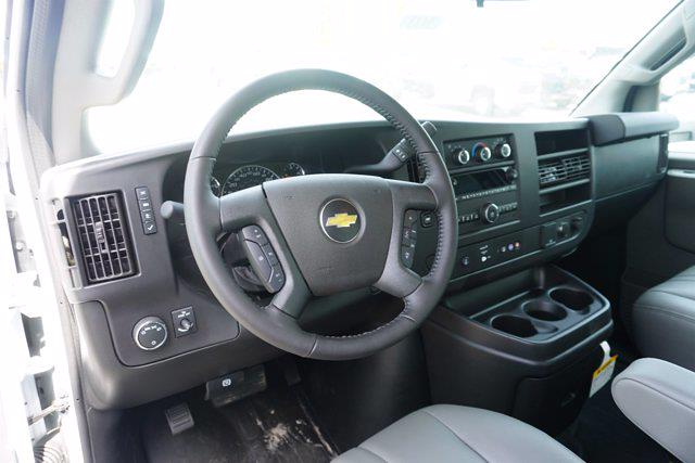 2021 Chevrolet Express 3500 4x2, Unicell Aerocell CW Cutaway Van #21-9433 - photo 14