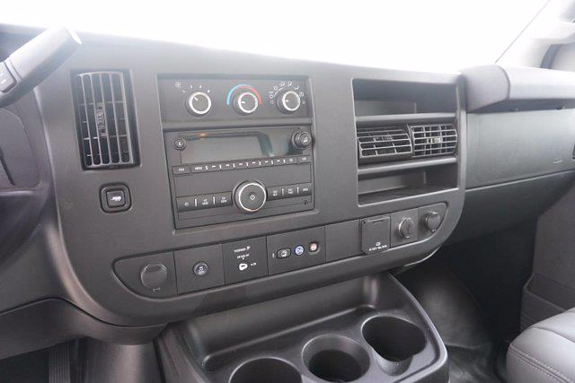 2021 Chevrolet Express 3500 4x2, Unicell Aerocell CW Cutaway Van #21-9433 - photo 18