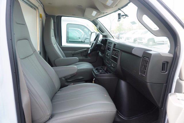 2021 Chevrolet Express 3500 4x2, Unicell Aerocell CW Cutaway Van #21-9433 - photo 20
