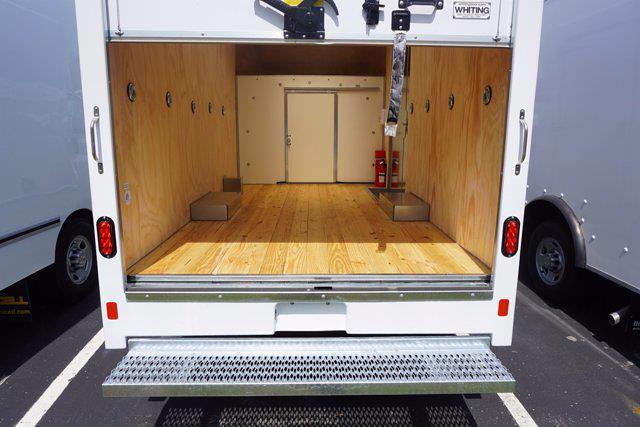 2021 Chevrolet Express 3500 4x2, Unicell Aerocell CW Cutaway Van #21-9433 - photo 24