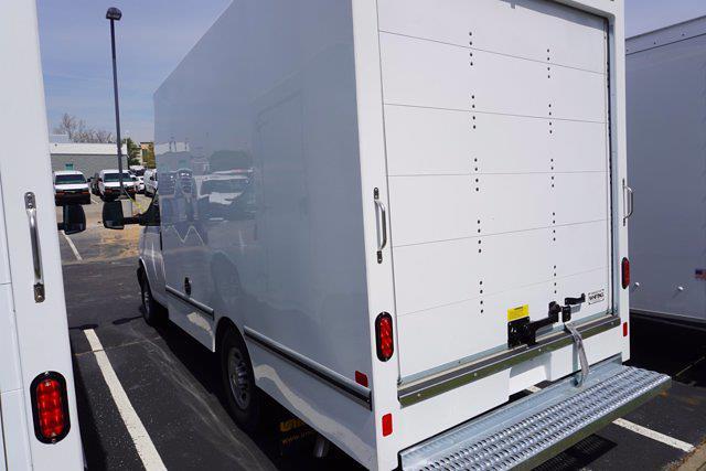 2021 Chevrolet Express 3500 4x2, Unicell Aerocell CW Cutaway Van #21-9433 - photo 6