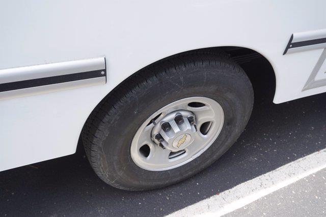 2021 Chevrolet Express 3500 4x2, Unicell Aerocell CW Cutaway Van #21-9433 - photo 9