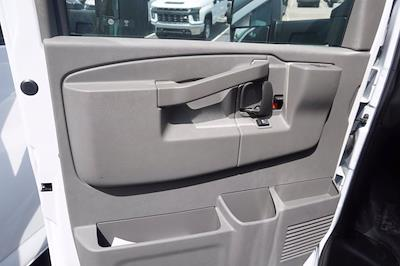 2021 Chevrolet Express 3500 4x2, Unicell Aerocell CW Cutaway Van #21-9433 - photo 10