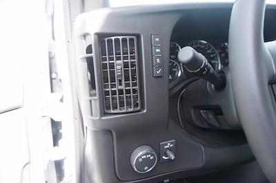 2021 Chevrolet Express 3500 4x2, Unicell Aerocell CW Cutaway Van #21-9433 - photo 15