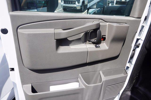 2021 Chevrolet Express 3500 4x2, Unicell Aerocell CW Cutaway Van #21-9486 - photo 10