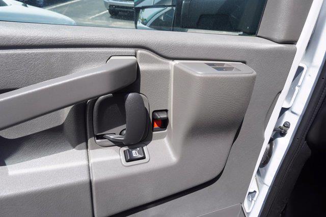 2021 Chevrolet Express 3500 4x2, Unicell Aerocell CW Cutaway Van #21-9486 - photo 11