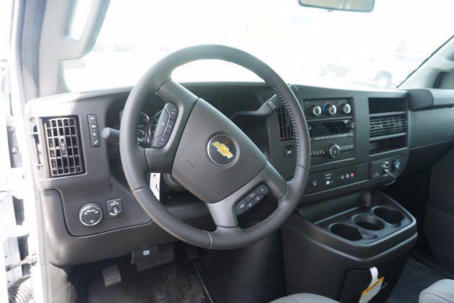 2021 Chevrolet Express 3500 4x2, Unicell Aerocell CW Cutaway Van #21-9486 - photo 14