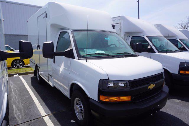 2021 Chevrolet Express 3500 4x2, Unicell Aerocell CW Cutaway Van #21-9486 - photo 3