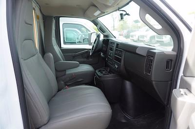 2021 Chevrolet Express 3500 4x2, Unicell Aerocell CW Cutaway Van #21-9486 - photo 20