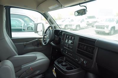 2021 Chevrolet Express 3500 4x2, Unicell Aerocell CW Cutaway Van #21-9486 - photo 21