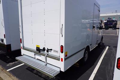 2021 Chevrolet Express 3500 4x2, Unicell Aerocell CW Cutaway Van #21-9486 - photo 2