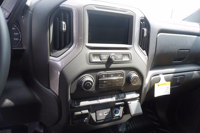 2021 Chevrolet Silverado 3500 Crew Cab 4x4, Monroe Tow 'N Haul Gooseneck Platform Body #21-9874 - photo 16