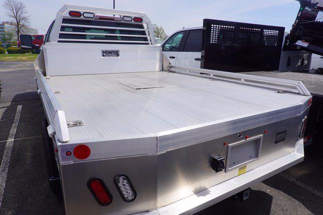2021 Chevrolet Silverado 3500 Crew Cab 4x4, Monroe Tow 'N Haul Gooseneck Platform Body #21-9874 - photo 7