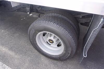 2021 Chevrolet Silverado 3500 Crew Cab 4x4, Monroe Tow 'N Haul Gooseneck Platform Body #21-9874 - photo 8