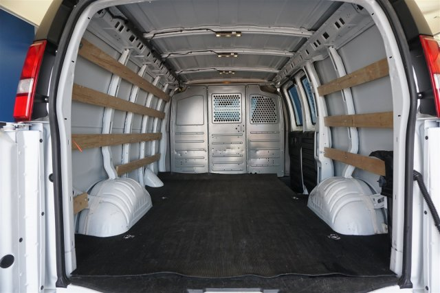 2017 Savana 2500,  Empty Cargo Van #P10885 - photo 3