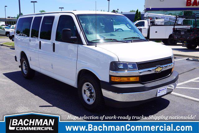 2018 Chevrolet Express 2500 4x2, Passenger Wagon #P15370 - photo 1