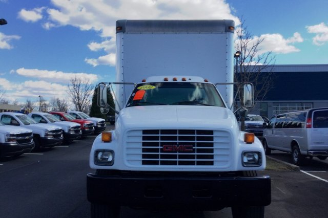2002 C7500 Regular Cab, Dry Freight #P6205A - photo 5