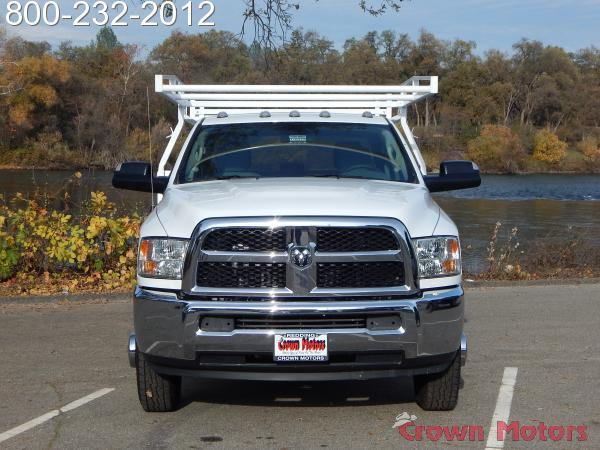 2017 Ram 3500 Crew Cab DRW 4x4, Harbor Service Body #17D222 - photo 14