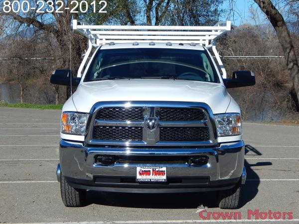 2018 Ram 3500 Crew Cab DRW 4x4, Harbor Service Body #18D095 - photo 14