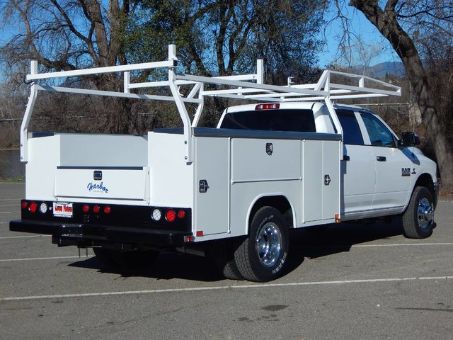 2018 Ram 3500 Crew Cab DRW 4x4,  Harbor TradeMaster Service Body #18D095 - photo 11