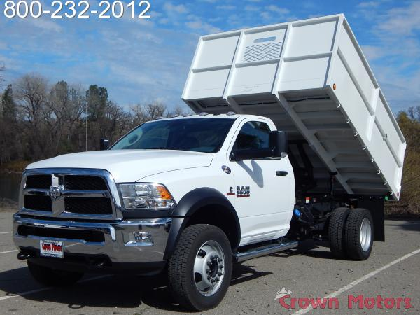 2018 Ram 5500 Regular Cab DRW 4x4, Scelzi Landscape Dump #18D122 - photo 3