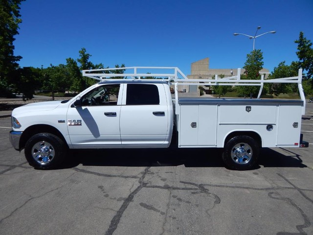 2018 Ram 3500 Crew Cab 4x4,  Harbor Service Body #18D220 - photo 4