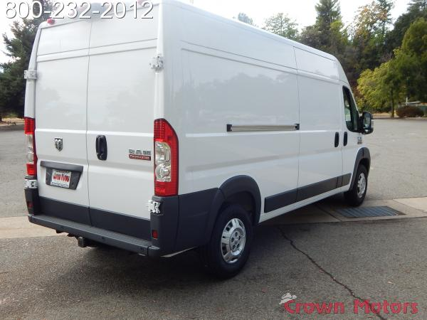 2018 ProMaster 2500 High Roof FWD,  Empty Cargo Van #18D268 - photo 9