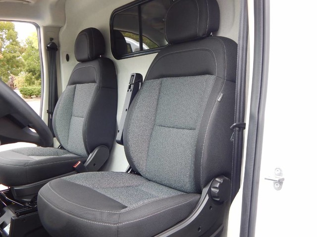 2018 ProMaster 2500 High Roof FWD,  Empty Cargo Van #18D268 - photo 29