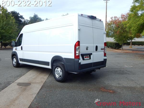 2018 ProMaster 2500 High Roof FWD,  Empty Cargo Van #18D268 - photo 6
