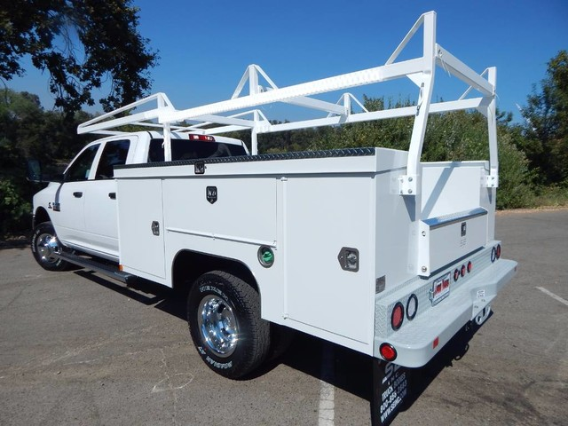 2018 Ram 3500 Crew Cab DRW 4x4,  Scelzi Service Body #18D293 - photo 2