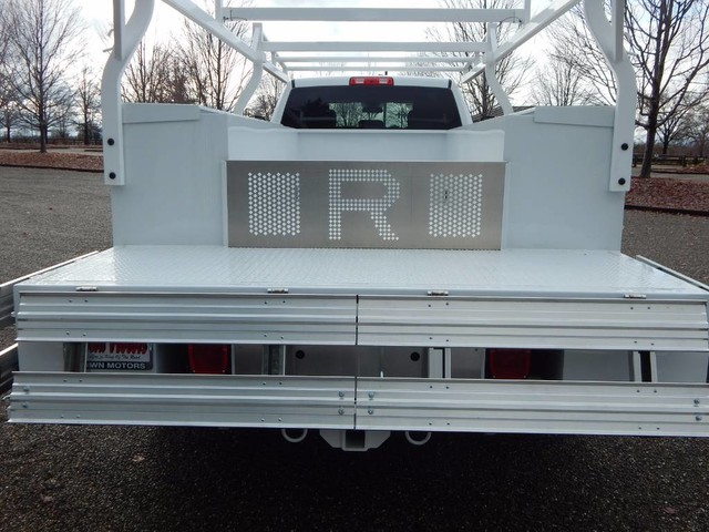 2018 Ram 5500 Crew Cab DRW 4x4,  Royal Service Combo Body #18D326 - photo 14