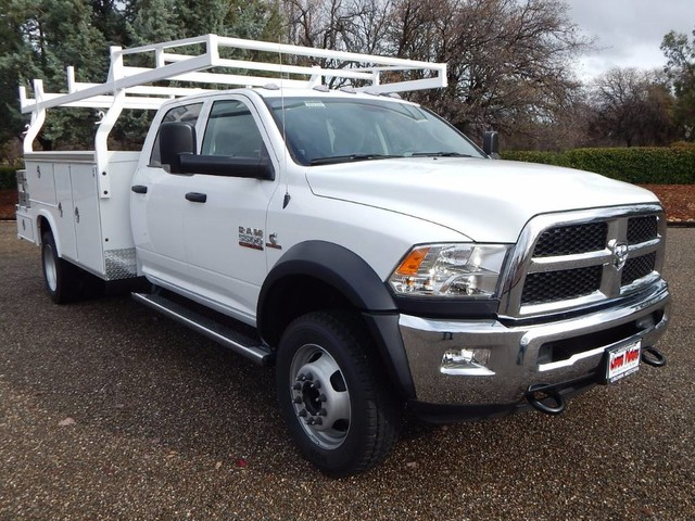 2018 Ram 5500 Crew Cab DRW 4x4,  Royal Service Combo Body #18D326 - photo 17