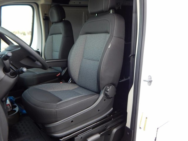 2019 ProMaster 1500 Standard Roof FWD,  Empty Cargo Van #19D067 - photo 16