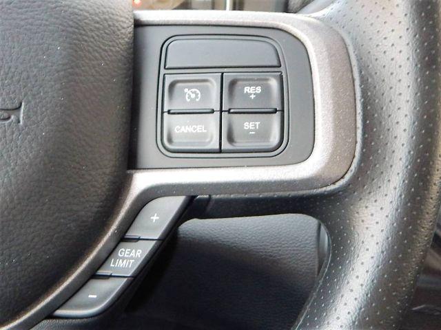 2020 Ram 5500 Crew Cab DRW 4x4, Scelzi 12ft Combo Body #20D168 - photo 30