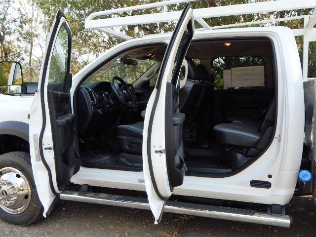 2020 Ram 5500 Crew Cab DRW 4x4, Scelzi 12ft Combo Body #20D180 - photo 22