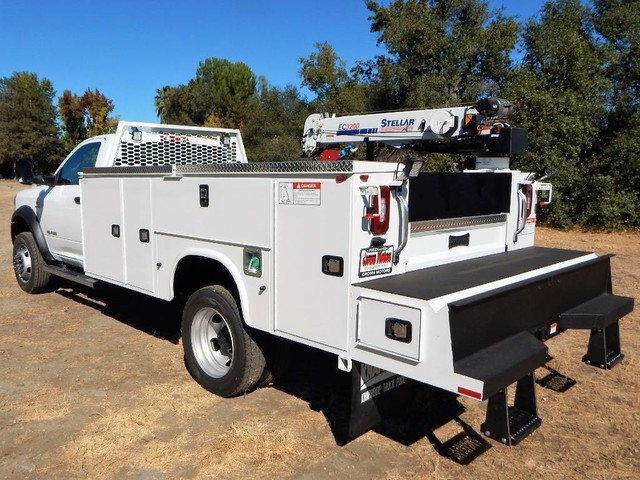 2020 Ram 5500 Regular Cab DRW 4x4, Tradesman, Knapheide KMS16 Mechanics Service Truck, 3200# Stellar Crane #20D187 - photo 1