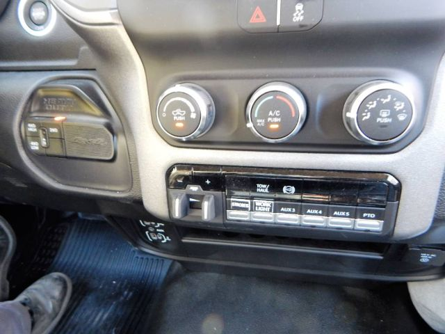 2020 Ram 5500 Regular Cab DRW 4x4, Tradesman, Knapheide KMS16 Mechanics Service Truck, 3200# Stellar Crane #20D187 - photo 41