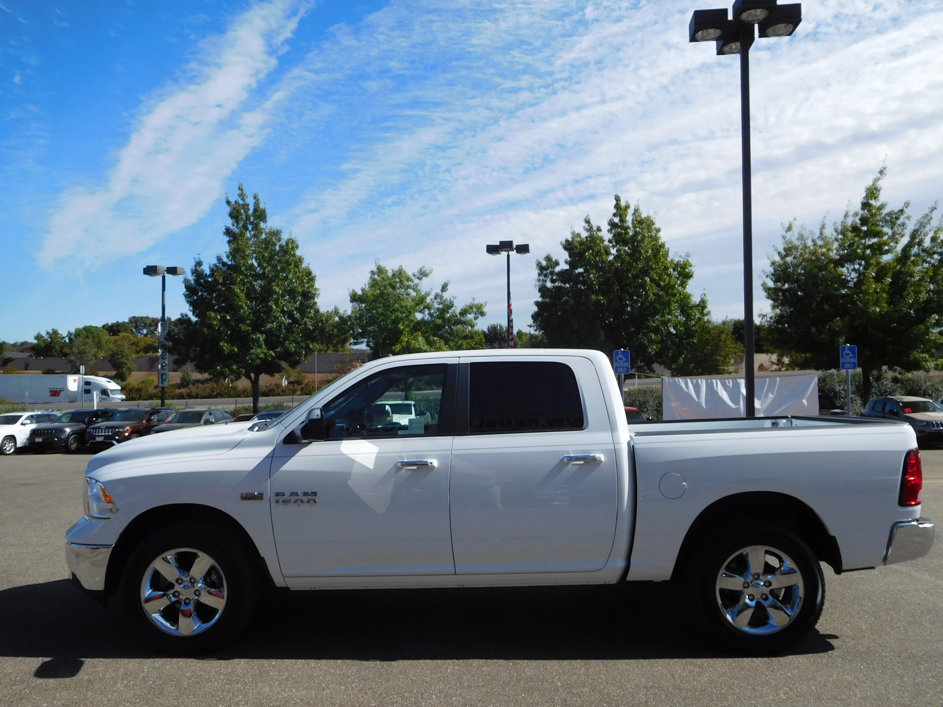 2017 Ram 1500 Crew Cab 4x4 Pickup #13942 - photo 6