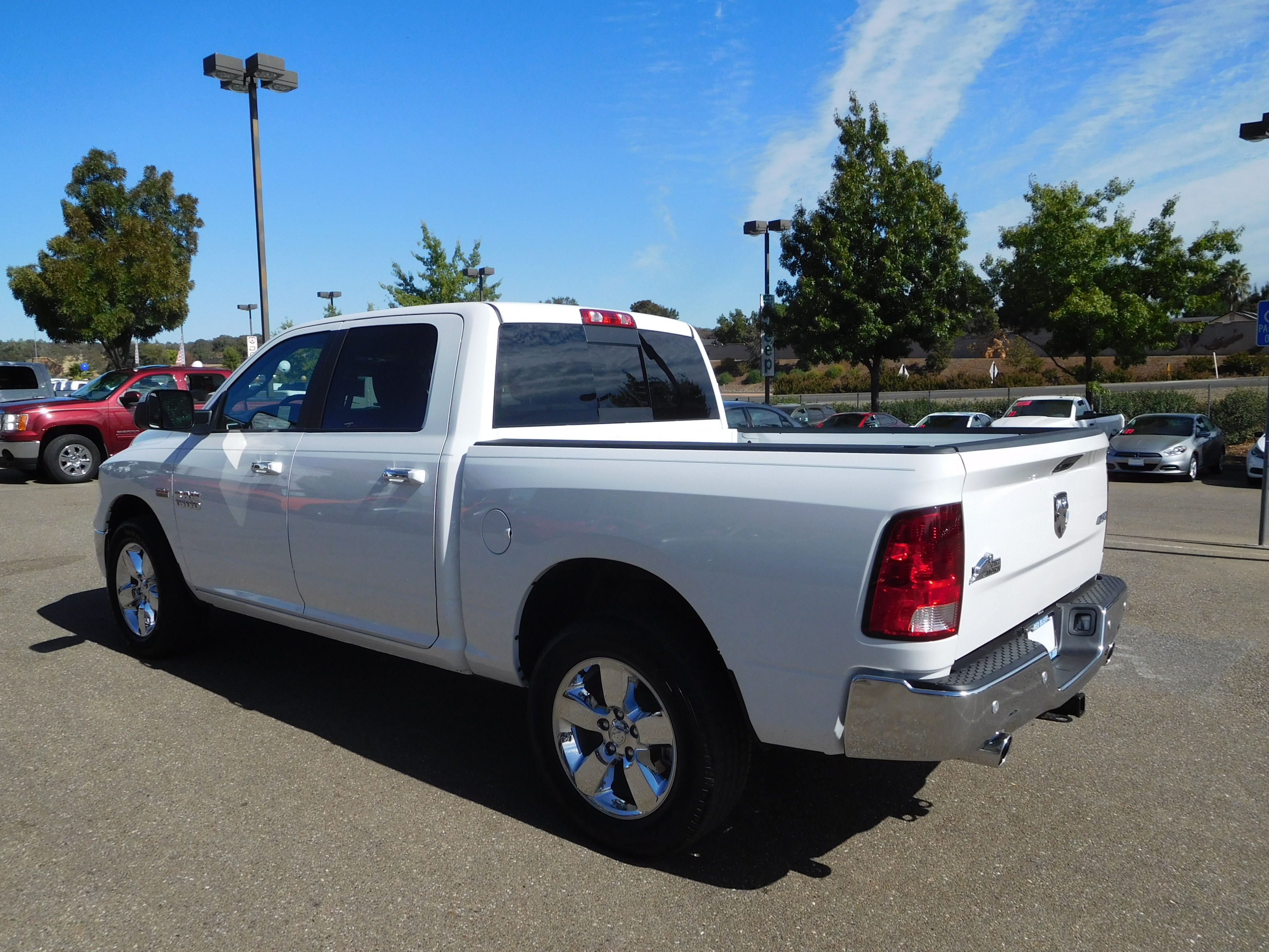2017 Ram 1500 Crew Cab 4x4 Pickup #13942 - photo 7