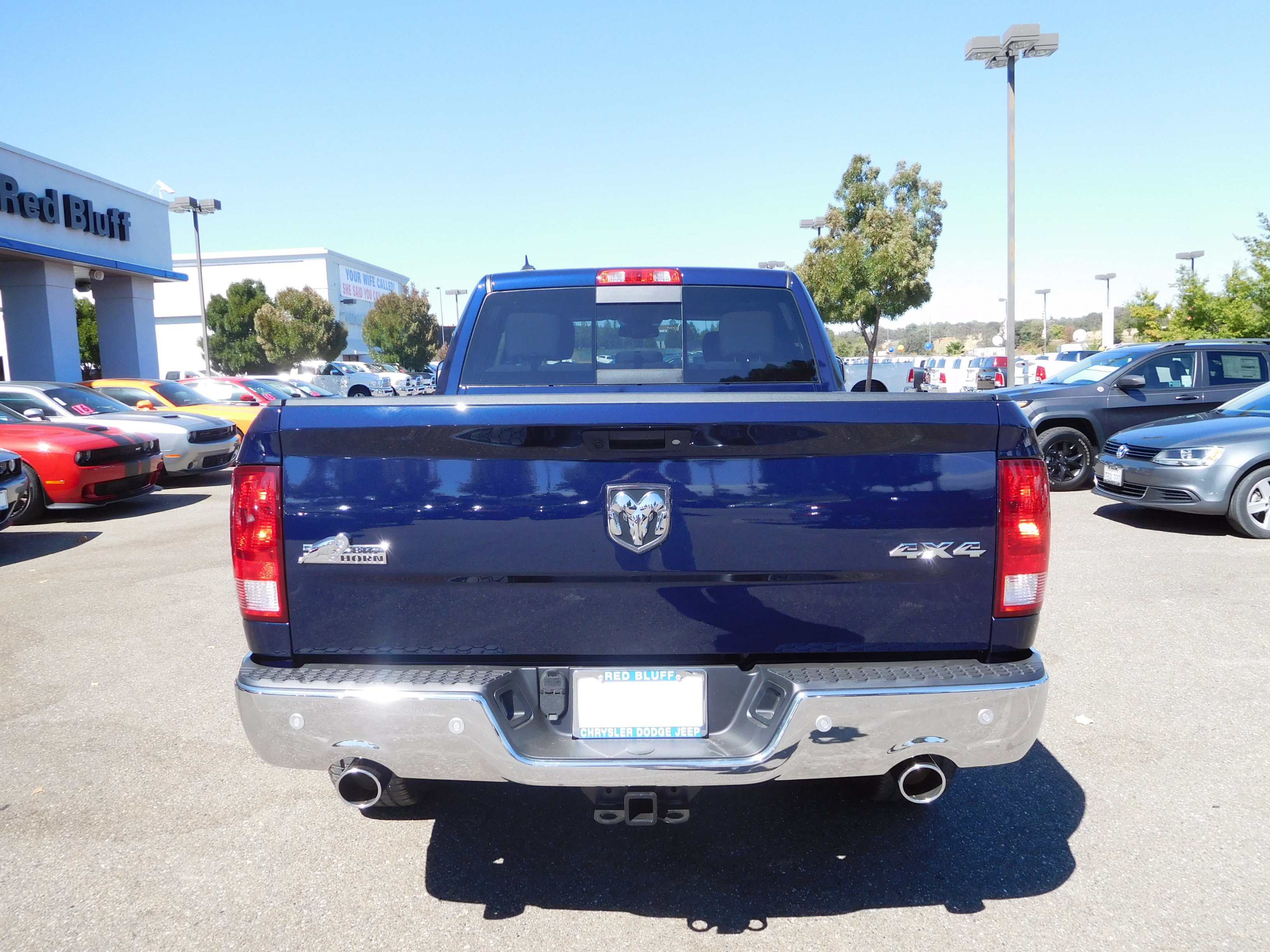 2017 Ram 1500 Crew Cab 4x4 Pickup #14010 - photo 8