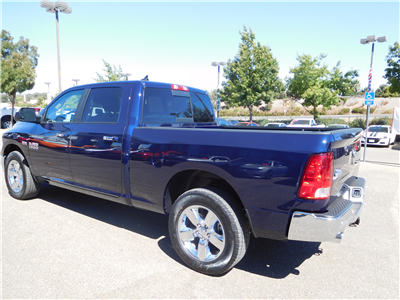 2017 Ram 1500 Crew Cab 4x4 Pickup #14010 - photo 7