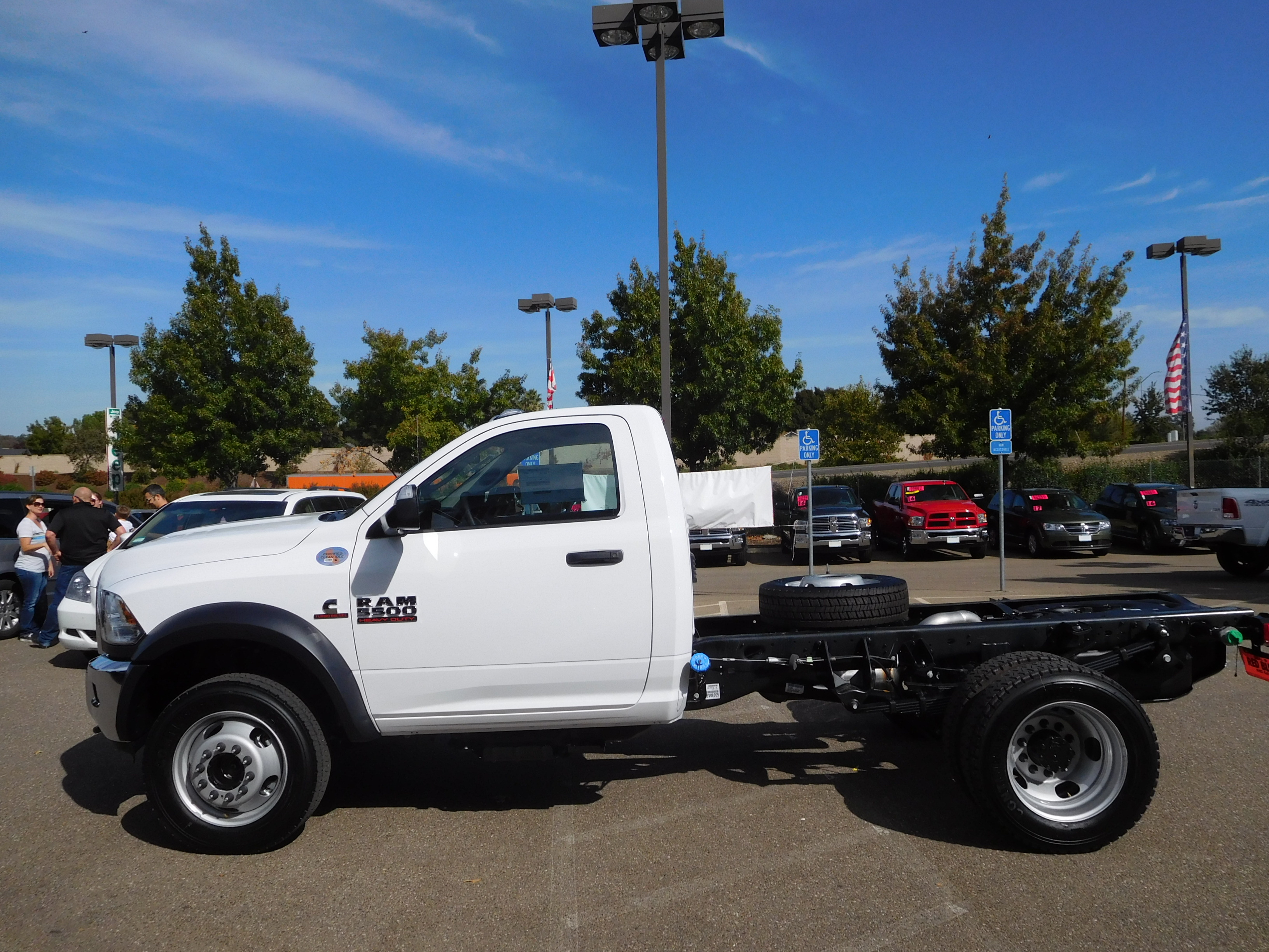 2017 Ram 5500 Regular Cab DRW 4x4, Cab Chassis #14070 - photo 6